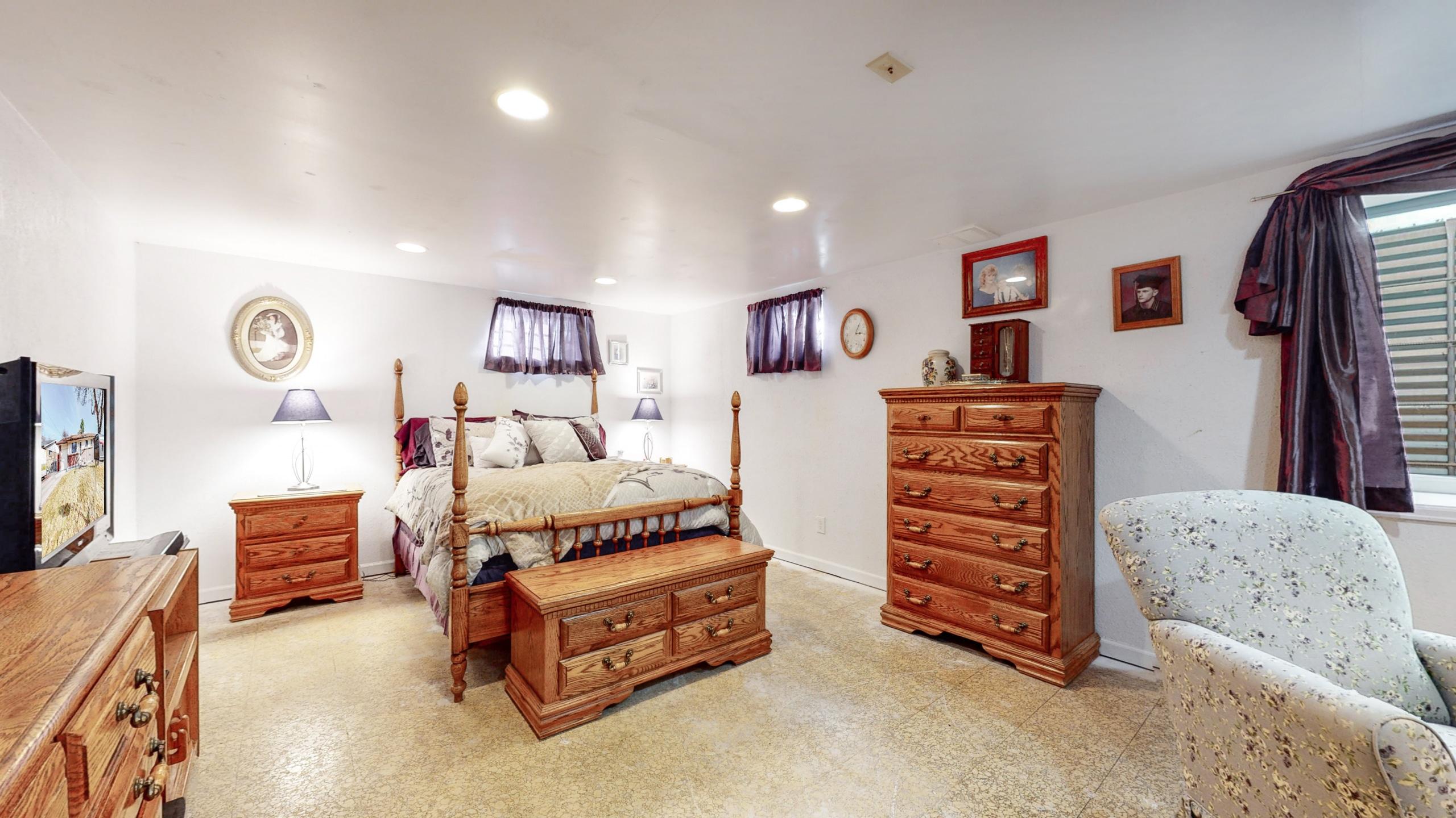 Arvada Home For Sale, Basement Master Bedroom, Huge Room, Lots of Furniture