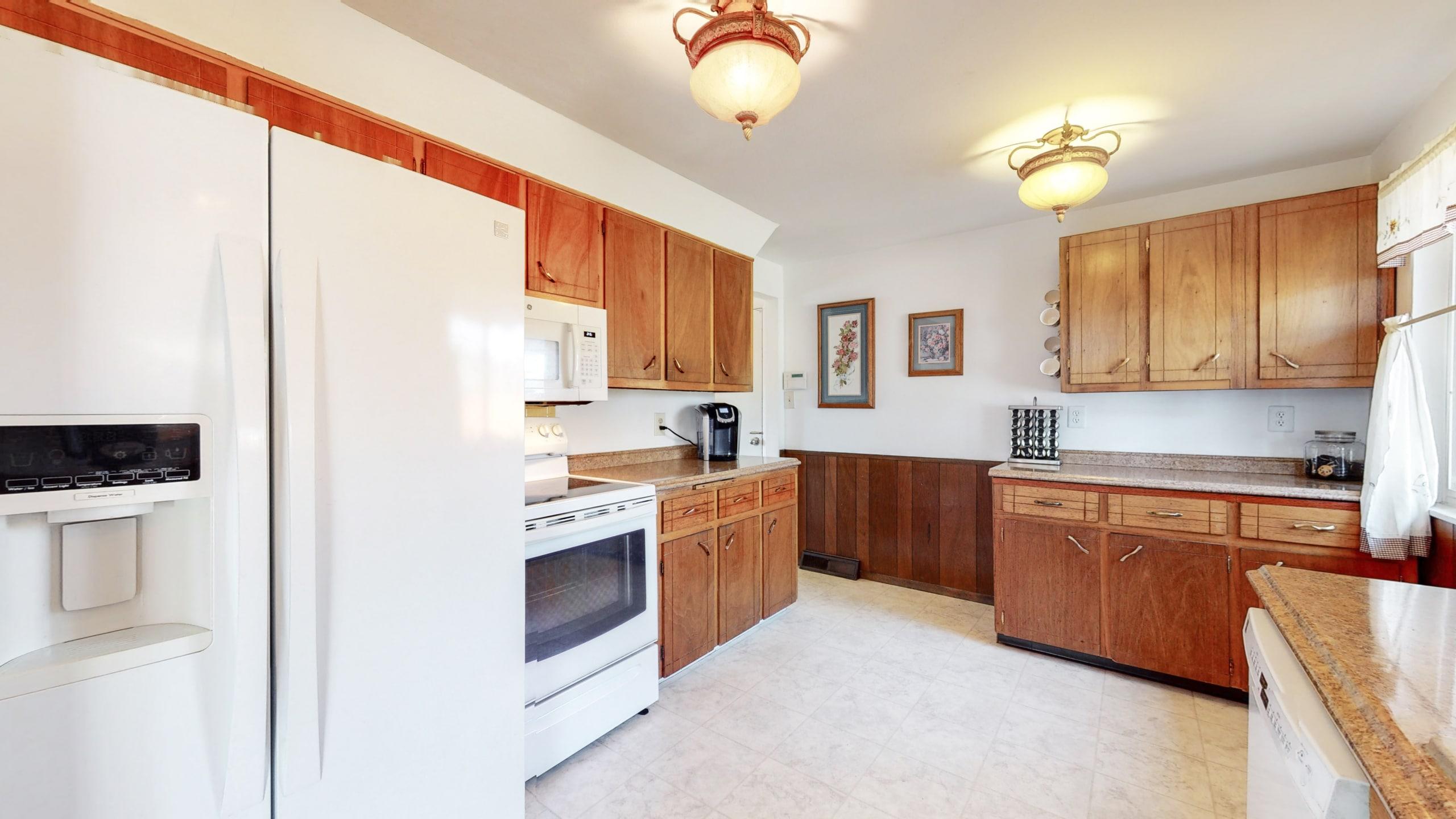 Arvada Home For Sale Rustic Wood Cabinets Linoleum Floors
