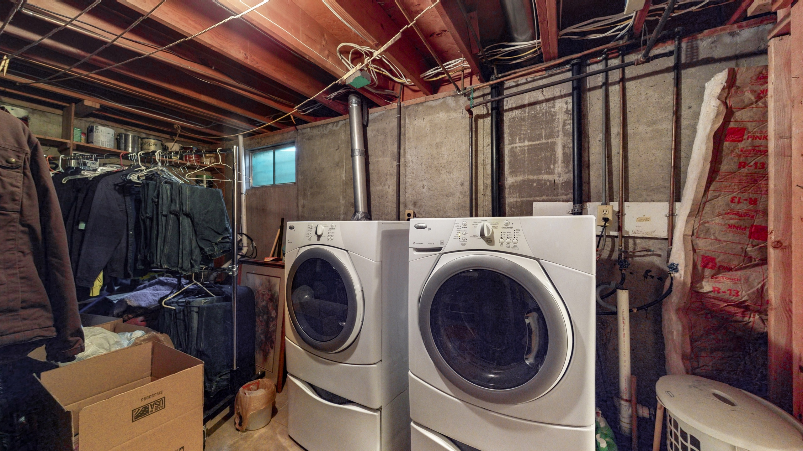 Laundry and utility room, white washer, white dryer