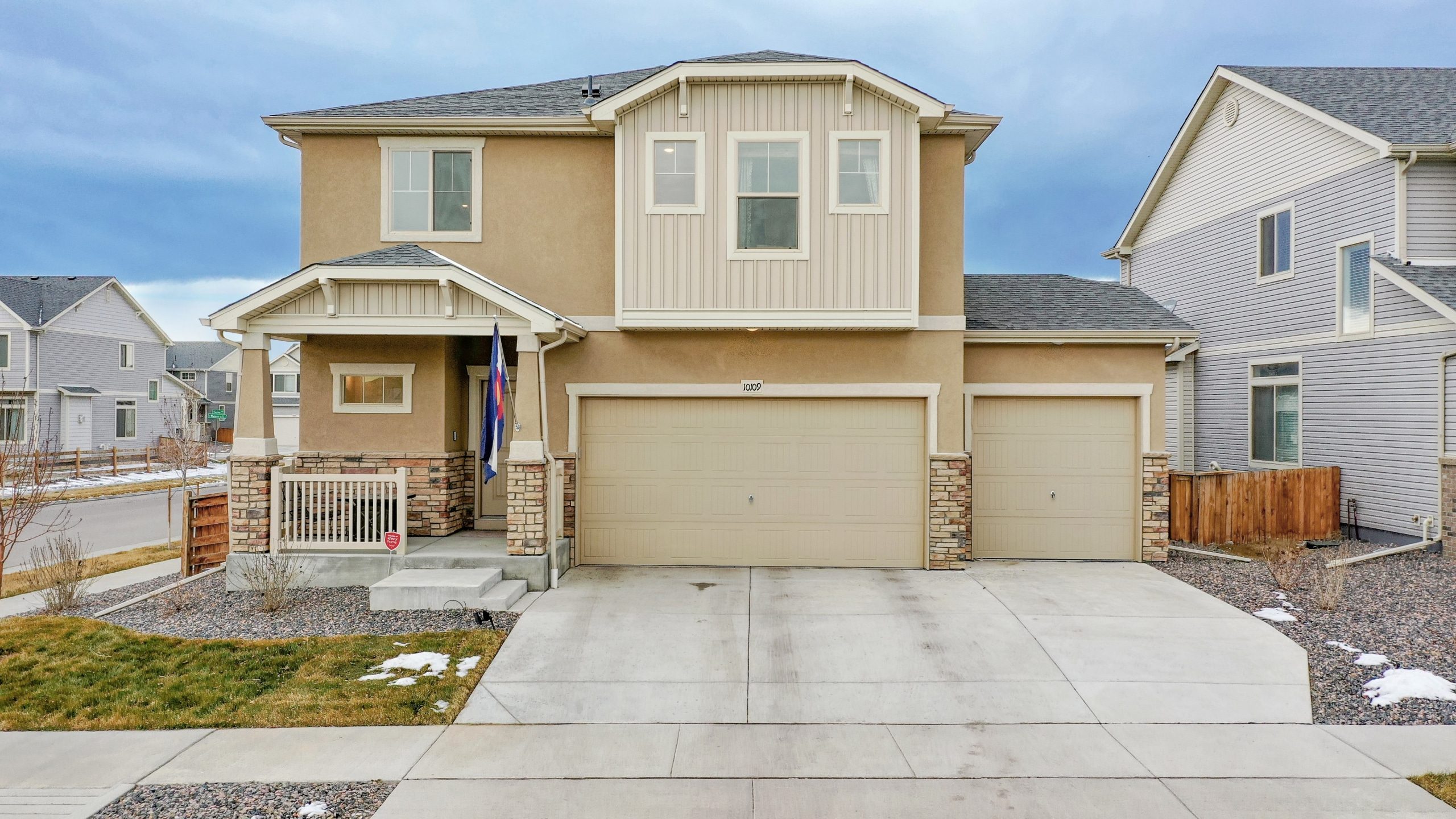 Commerce-City-CO-Home-for-Sale-New-Build-Beige-House
