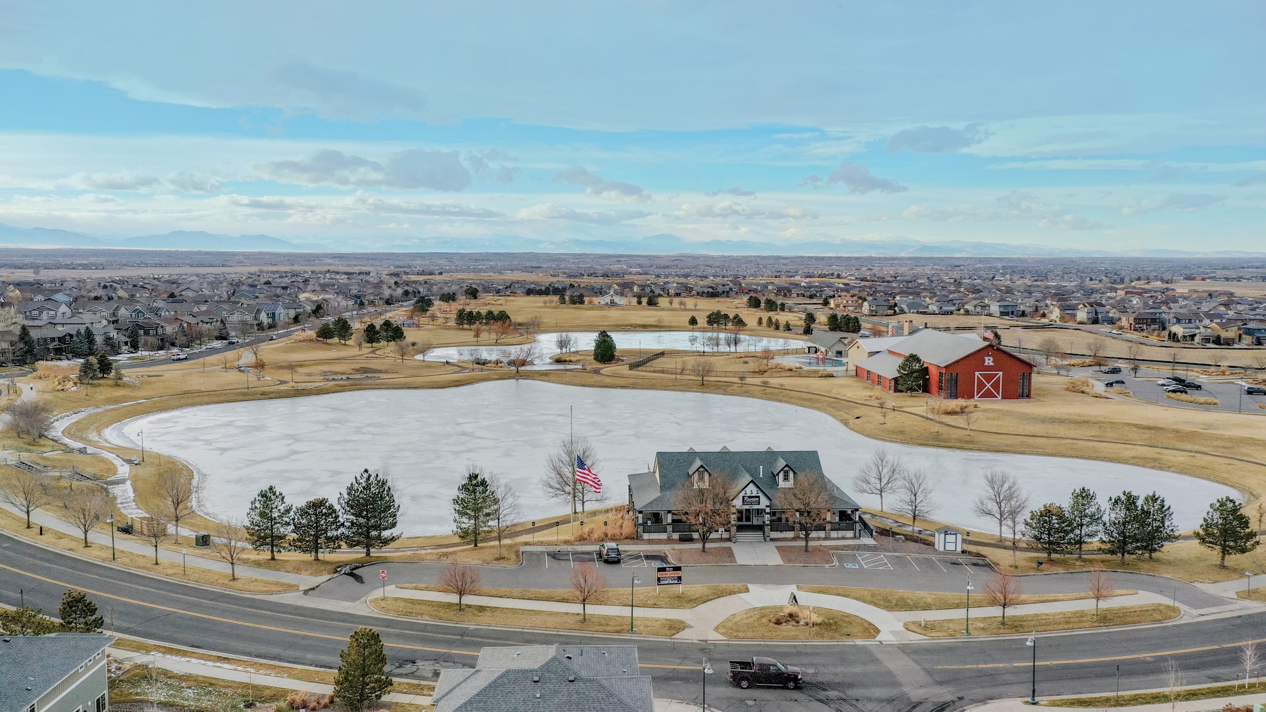 Reunion HOA complex with rec center, pool, coffee house in Commerce City, CO