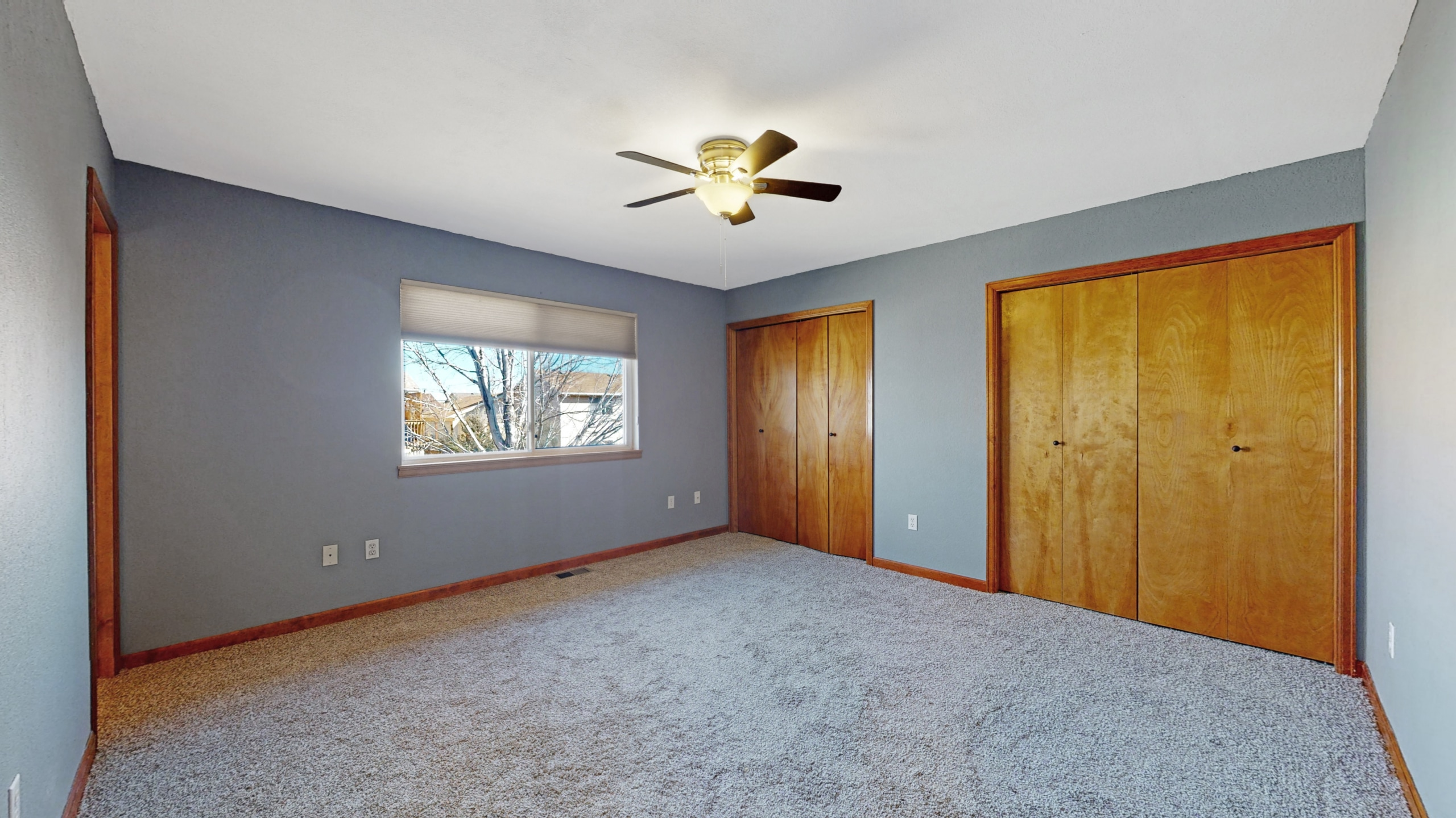 Brighton house for sale master bedroom with double closets and blue walls