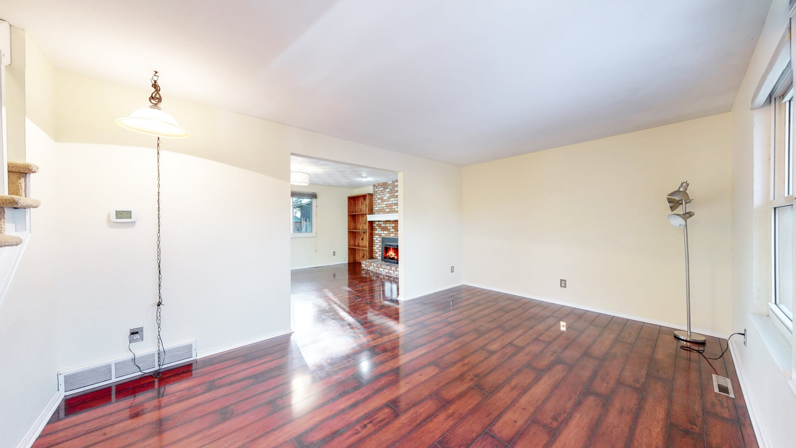 Dark Hardwood Floors, Light Walls
