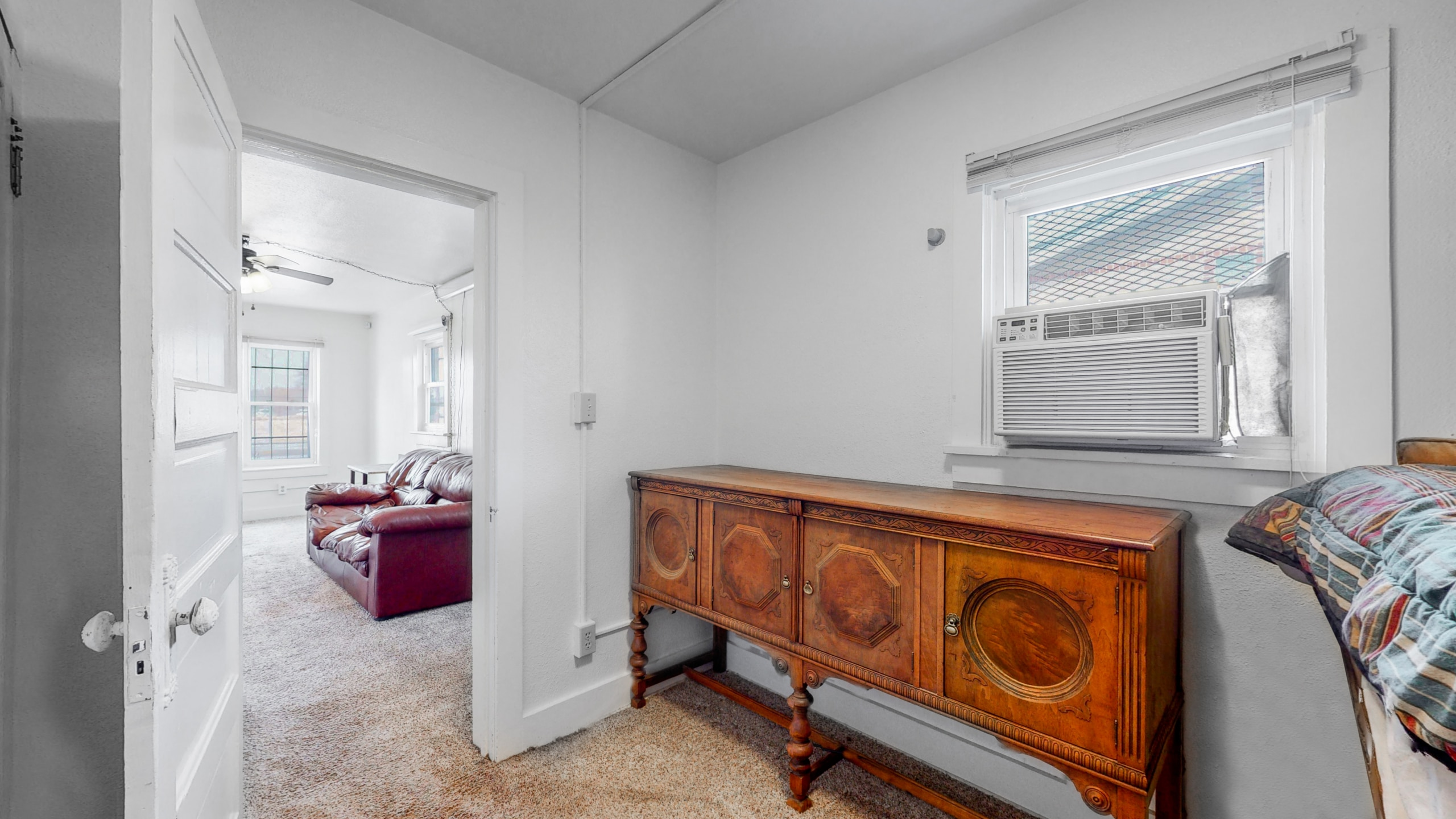 Downtown Brighton Home with small guest bedroom