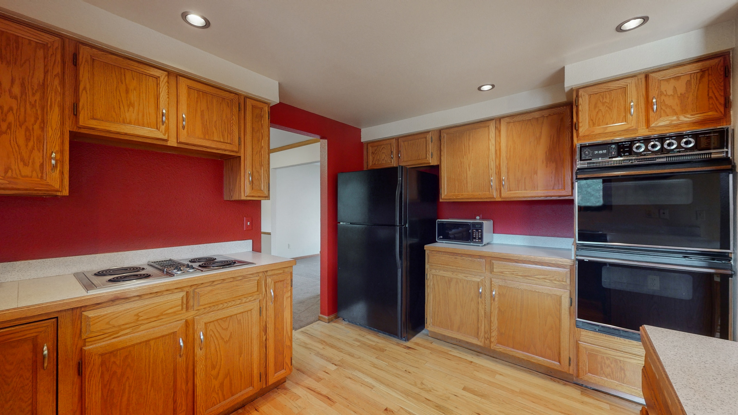 Centennial Colorado home for sale with large double oven, oak cabinets