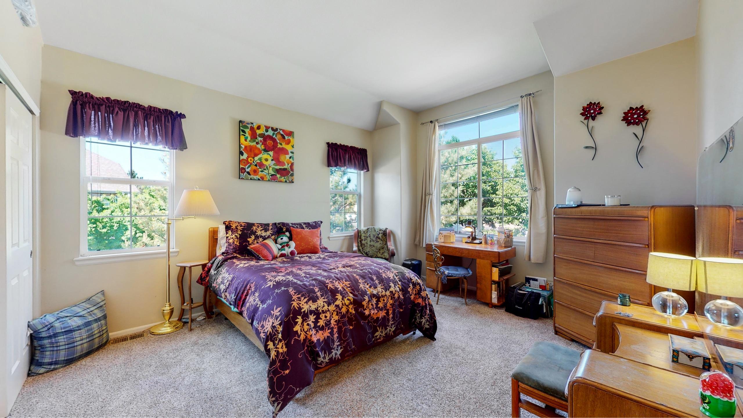 Master Bedroom Suite Large Room