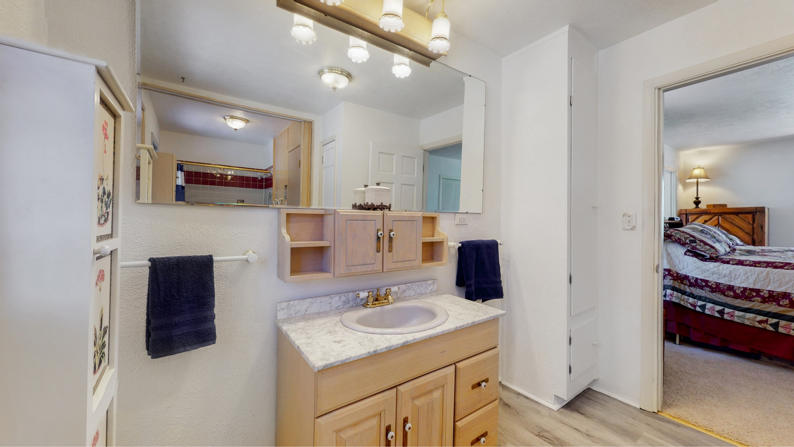 Master bathroom large and spacious and has a sauna
