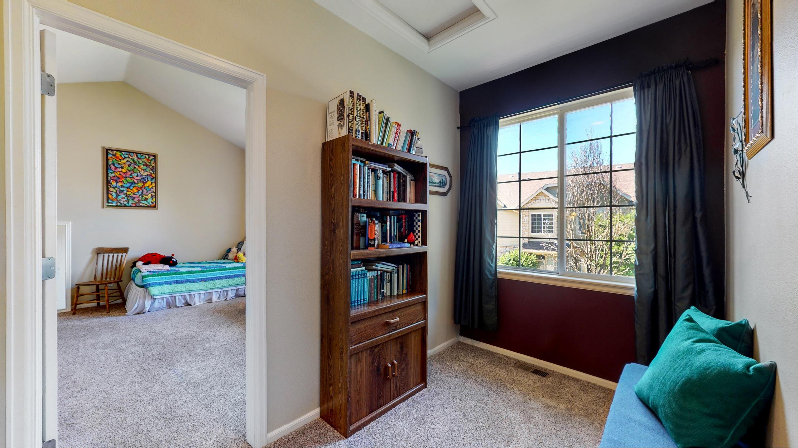 Reading Area In Between Two Bedrooms