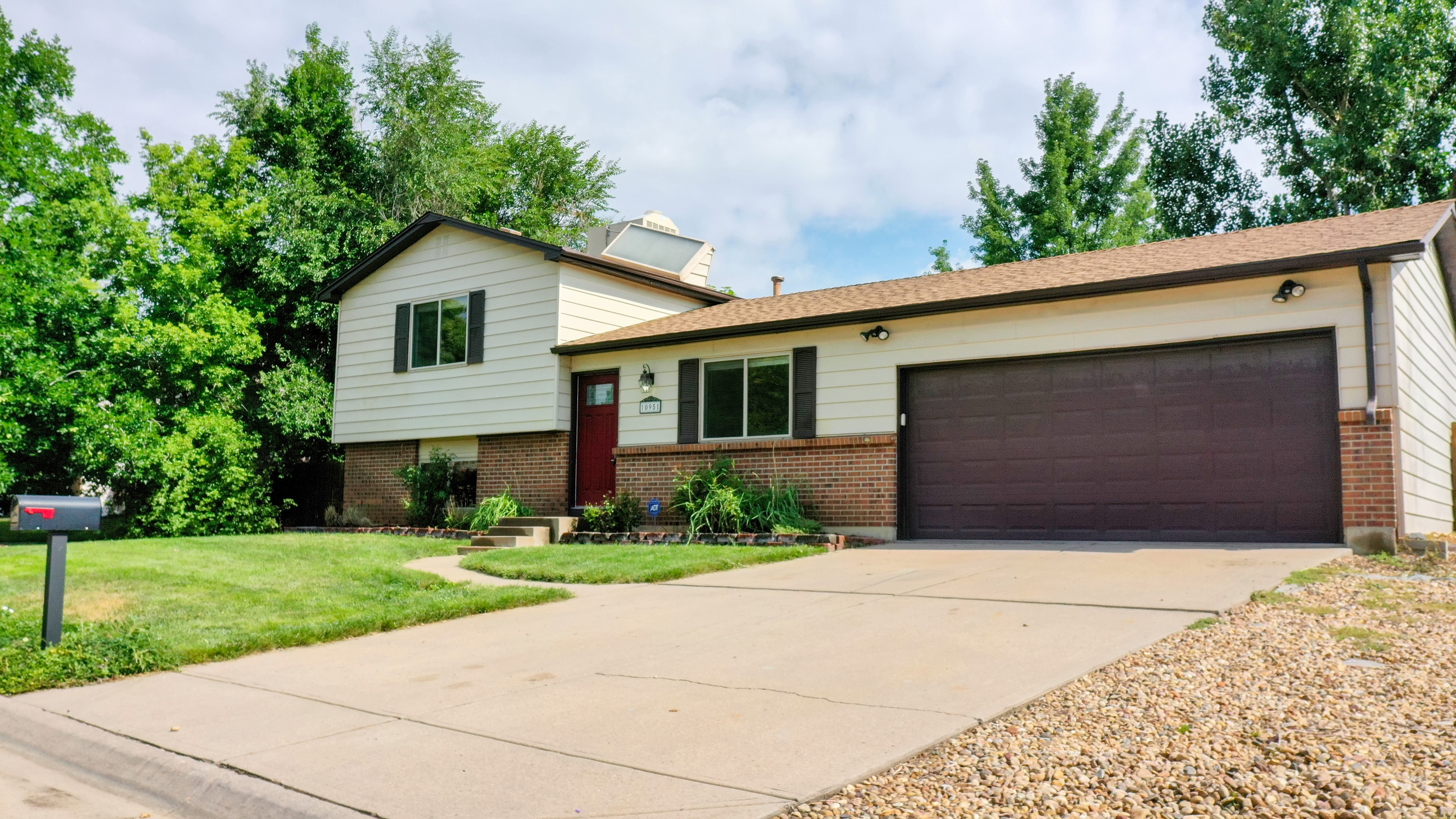 Westminster Home for Sale Split Level in Countryside